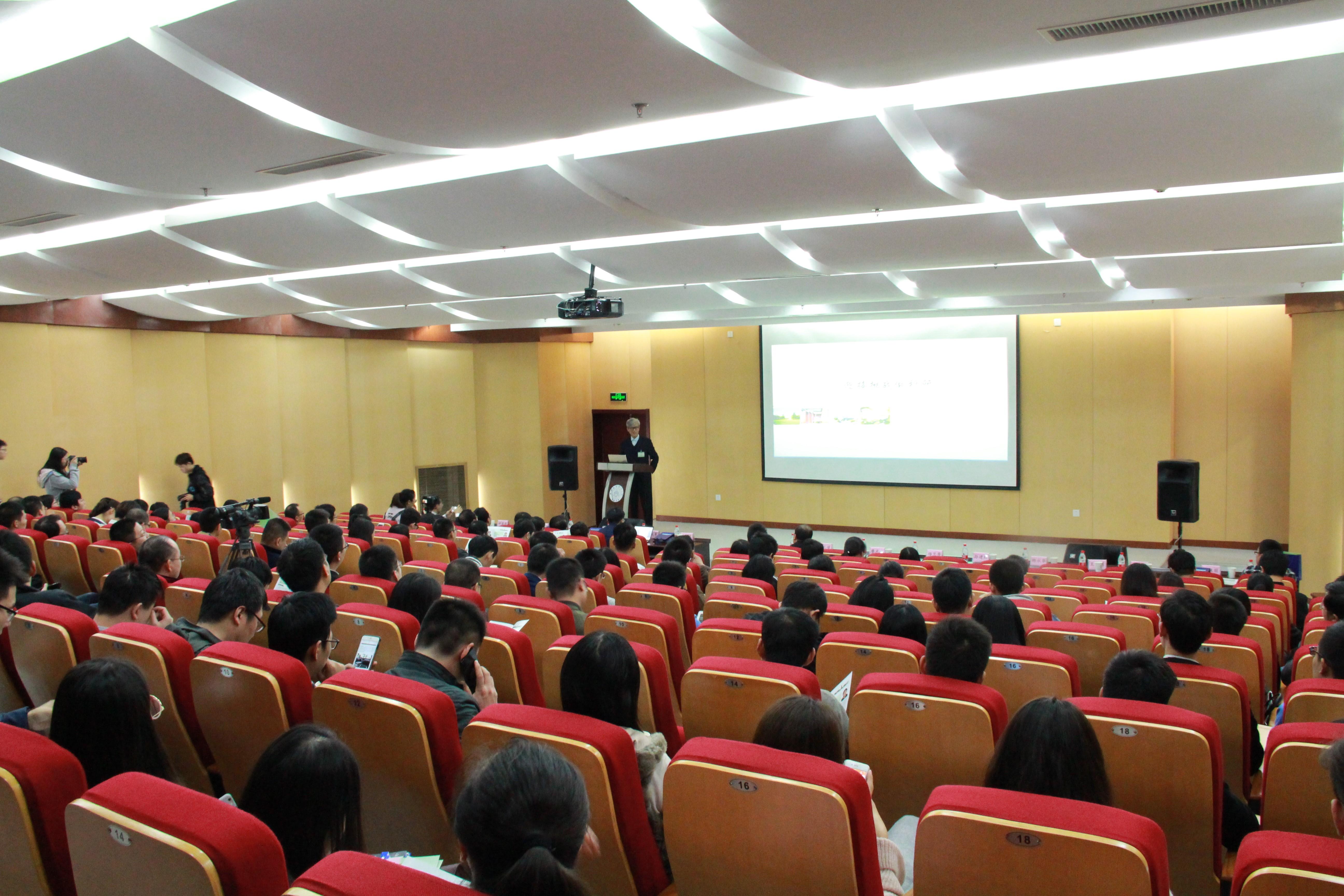中国工程院院士顾国彪教授访问自动化学院多电飞机电气系统重点实验室